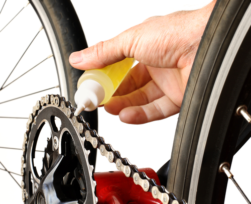 Lubricating bike chain